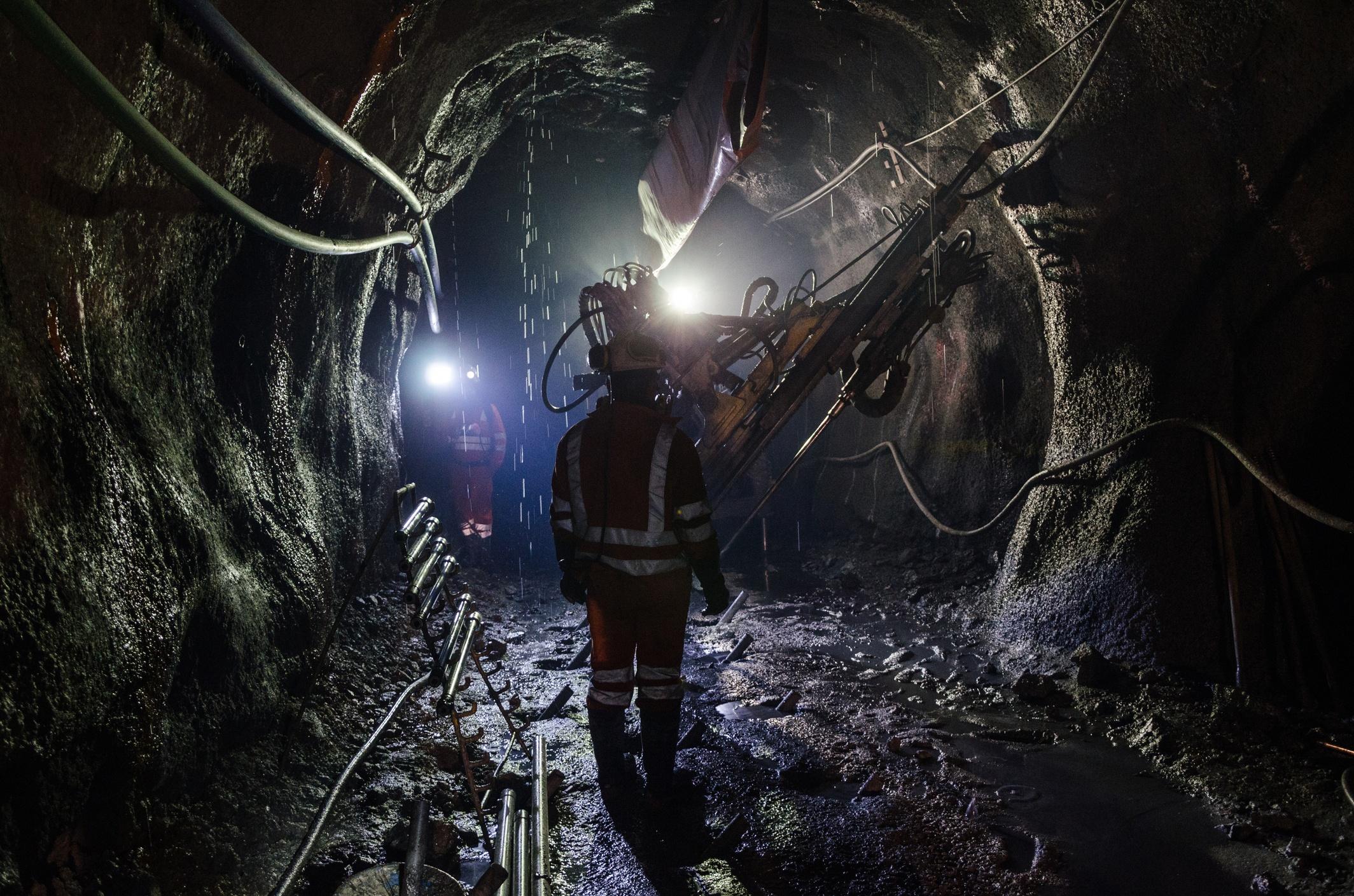dark mine.jpg