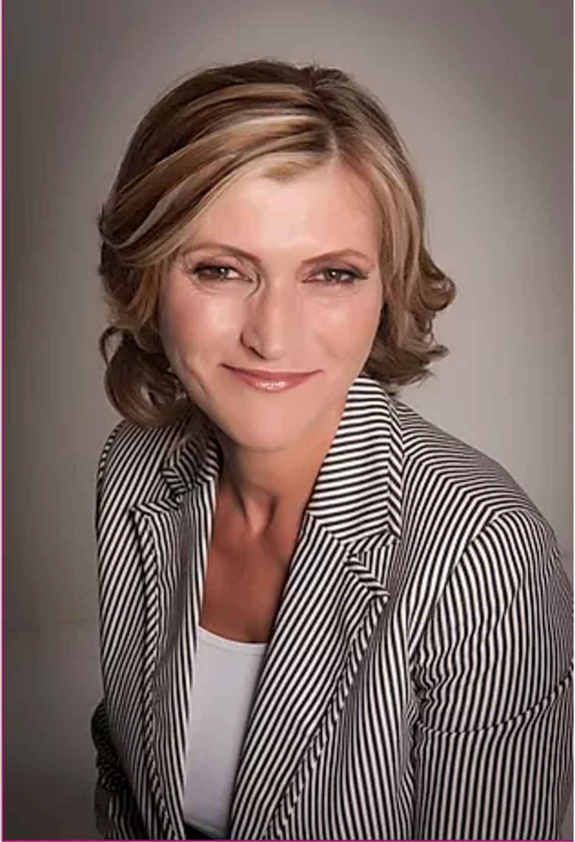 Anne Costello is an International Mindfulness and Stress Reduction professional.