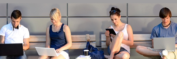44264484_people-on-bench