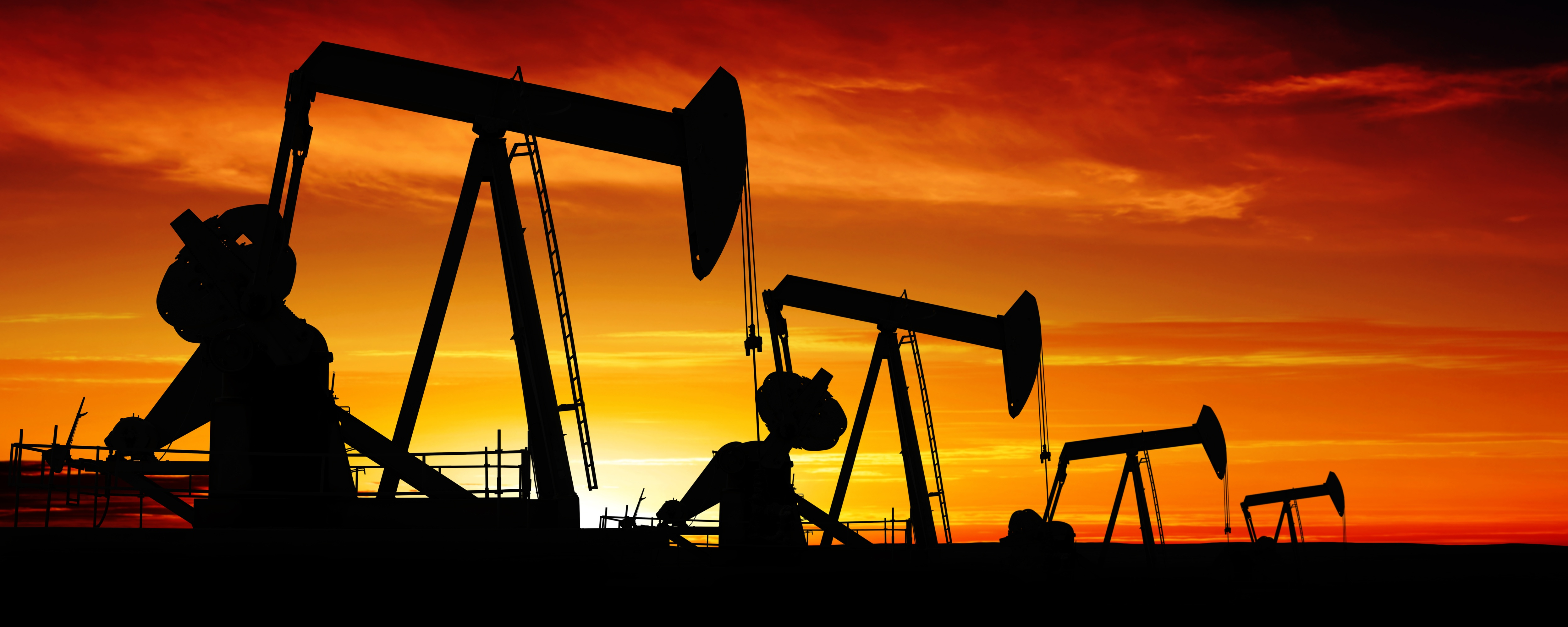 How Oil and Gas Mobile Apps Improve Productivity and Safety