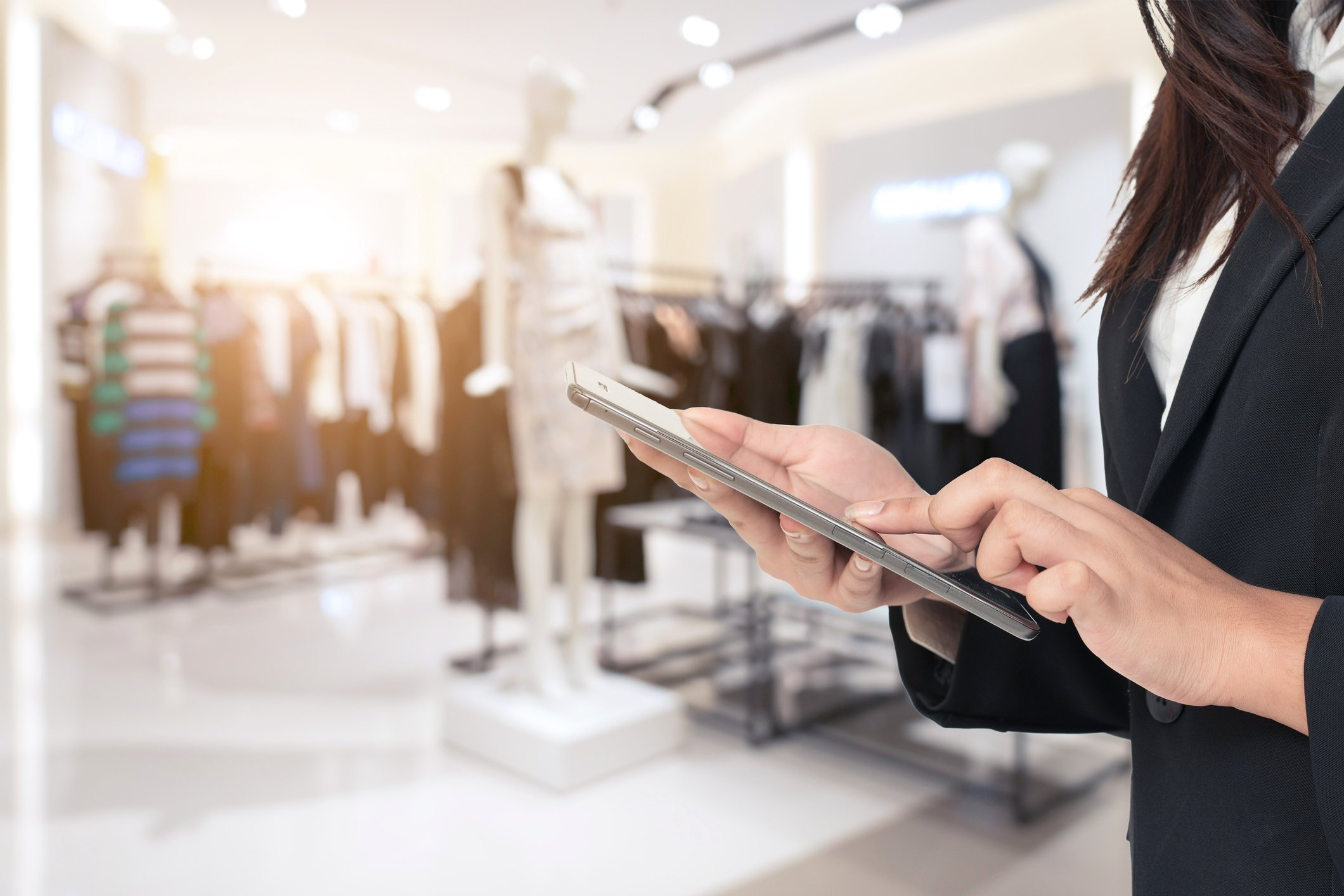 Retailers can use real-time data and mobile apps to track goods, assets, demand and inventory to solve out-of-stock issues.