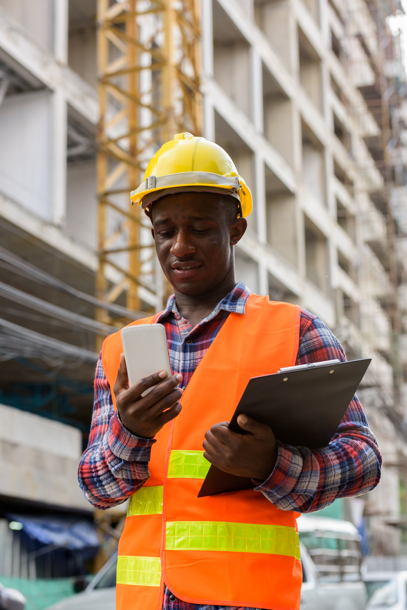 Read about the ways mobile apps can help solve the construction industry labor shortage.