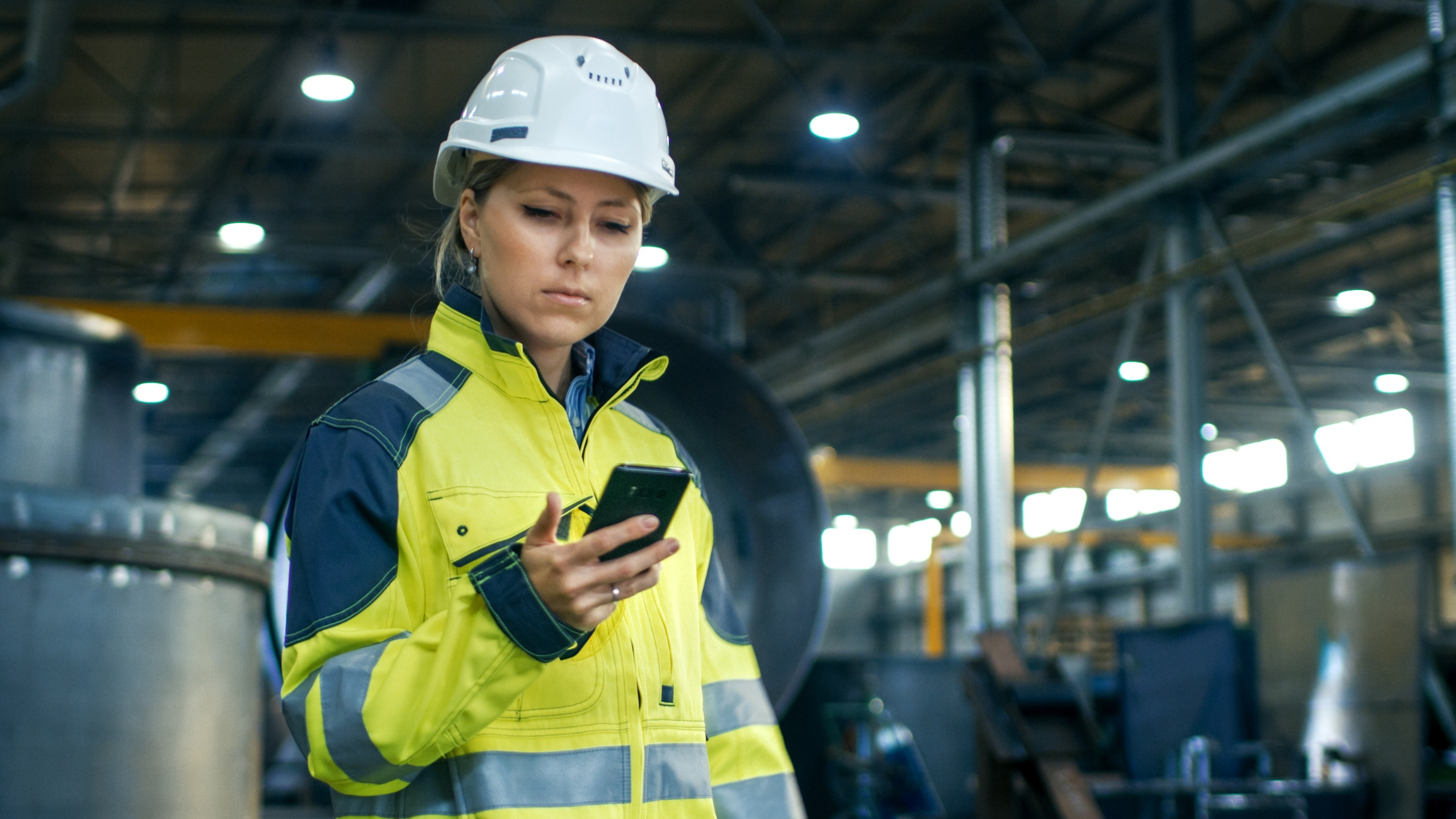 Mobile Apps for Firstline Workers — the Key To Digital Transformation